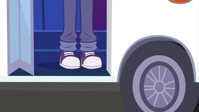 File:A pair of legs about to walk off the bus EG3.png