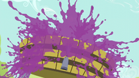 Explosion of grape juice S5E17