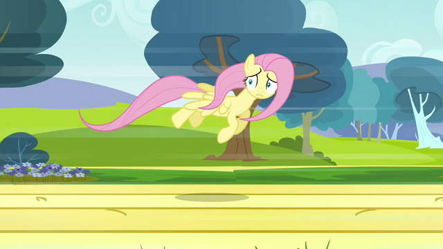 File:Fluttershy flying 3 S2E22.png
