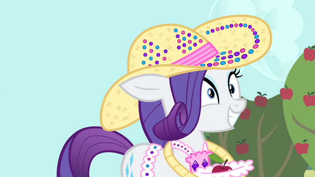 File:Rarity hears Trenderhoof S4E13.png