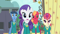 Rarity and the Ponytones surprised S4E14