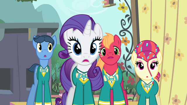 File:Rarity and the Ponytones surprised S4E14.png