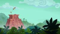 Rainbow, Quibble, and Daring escape the temple S6E13