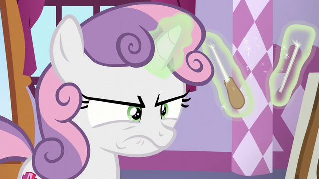 File:Sweetie Belle annoyed and breaks her baton S6E4.png