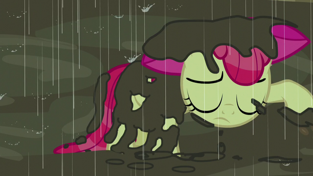 File:Apple Bloom covered in mud S5E6.png