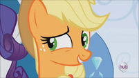 Applejack agreeing with Rarity S3E2