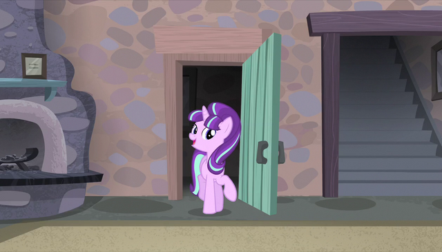 "File:Starlight Glimmer ""I'm so pleased to have you here"" S5E1.png"