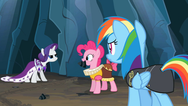 File:Chancellor Puddinghead with her rock S2E11.png
