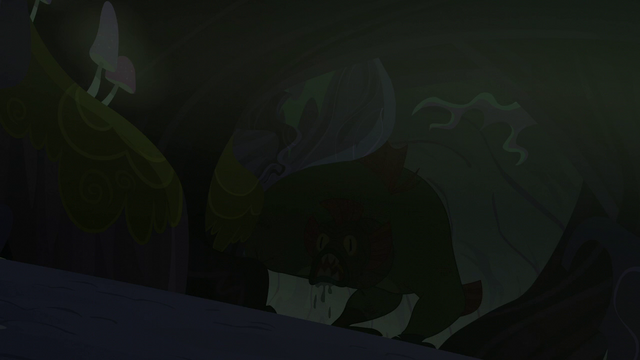 File:Swamp monster in the shadows S5E21.png