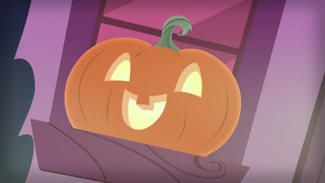 File:Jack-o'-Lantern on a windowsill S5E21.png
