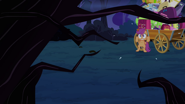 File:Scootaloo backs up fast S3E06.png