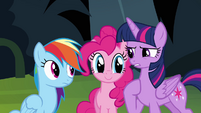 Suddenly, Pinkie appears S4E04