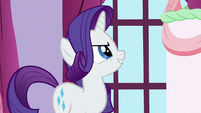 Rarity sees through Rainbow's prank S6E15