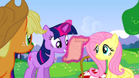 Twilight gets instructions S02E25