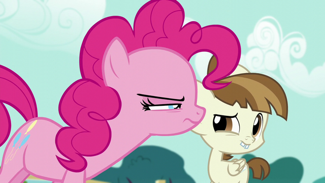 File:Pinkie Pie looking suspicious at Featherweight S5E19.png