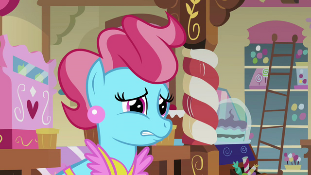 File:Mrs Cake hesitate S02E17.png