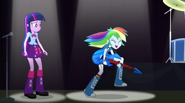 File:Rainbow Dash shreddin' EG2.png