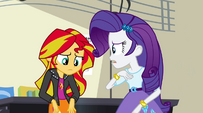 Rarity apologizes to Sunset Shimmer EG2