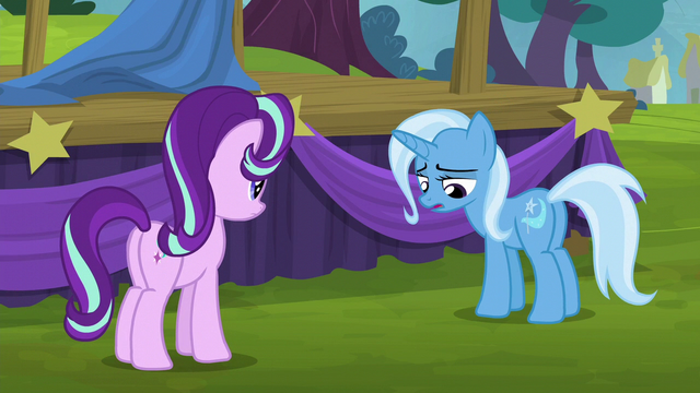 File:Trixie sighing sadly S6E6.png