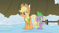 Applejack wary of Twilight's sudden strength S1E11