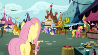 Pipsqueak in the marketplace S2E19