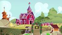 Sweet Apple Acres exterior S6E23