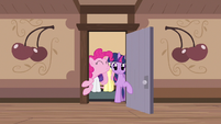 Pinkie Pie good morning S2E14