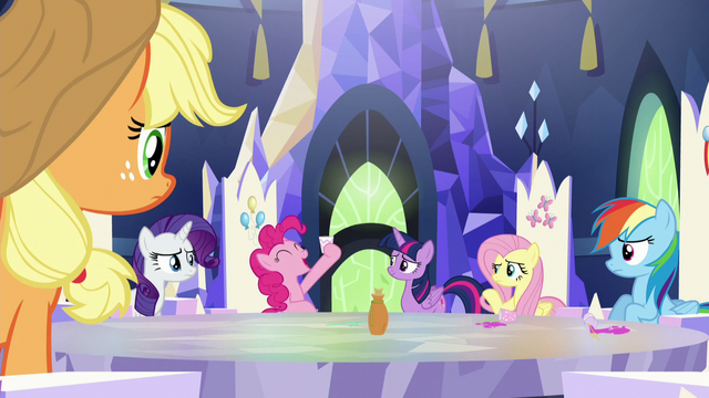 """File:Pinkie Pie """"dee-licious!"""" S5E22.png"""