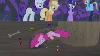 Pinkie using mane as a drill S4E07