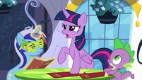 "Twilight ""gotta find a way to make it up to her!"" S5E12"