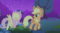 Applejack trotting into forest S1E02