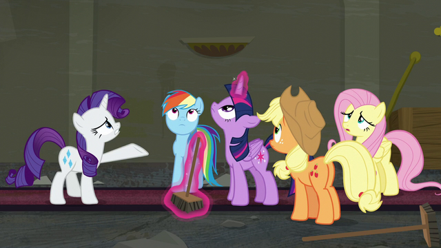 File:Rarity and friends look up at the ceiling S6E9.png