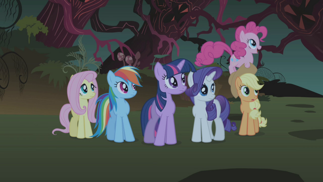 File:Pinkie Pie 'I'd hide under my pillow' S1E02.png