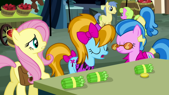 File:Teenage ponies pop up S2E19.png