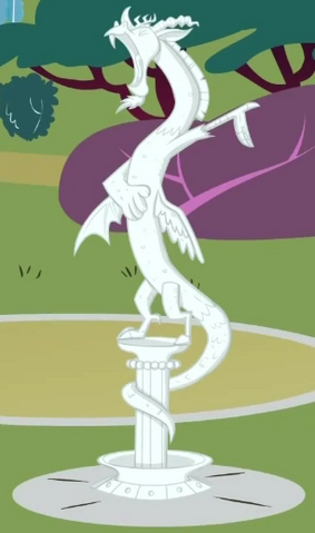 File:Statue of Discord close-up S2E1.png