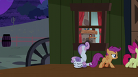Cutie Mark Crusaders sneak out of the house S5E6
