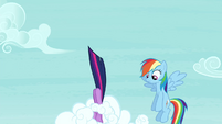 Twilight flying away S4E21
