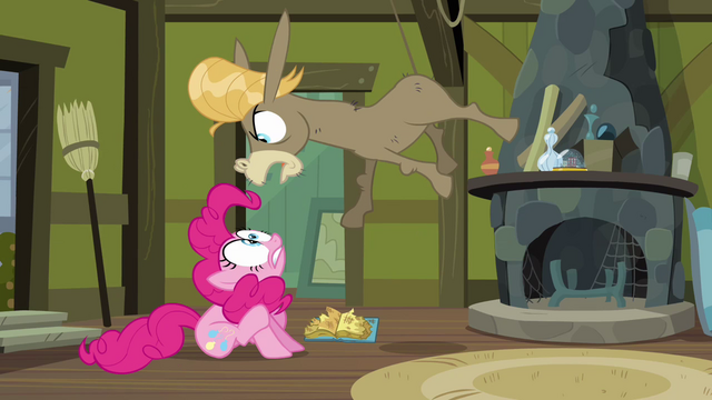 File:Cranky yelling at Pinkie S2E18.png