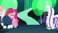 Svengallop and Pinkie walking off-stage S5E24