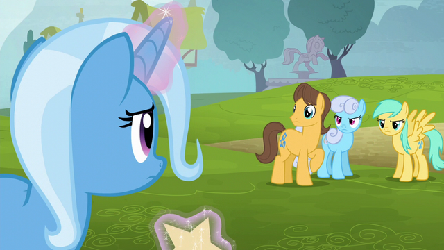 File:Ponies glaring at Trixie S6E6.png