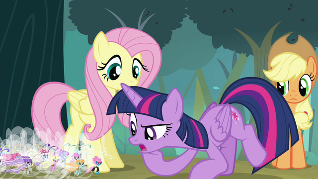 File:Twilight looking closely at the Breezies S4E16.png