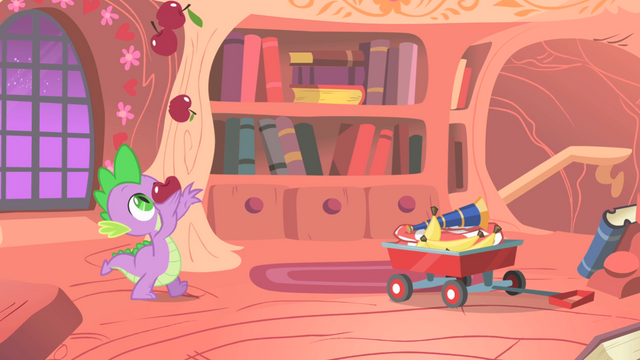 File:Spike juggling apples S1E24.png