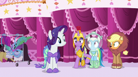 Twilight nudges Rainbow to play along S5E21