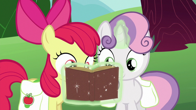 File:Apple Bloom and Sweetie Belle look at Derby book S6E14.png