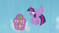 Twilight catches Spike early this time S5E25
