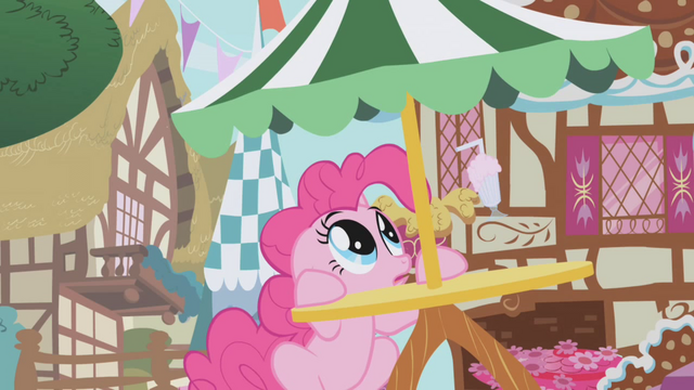 File:Pinkie Pie hears Gilda flying above S1E05.png