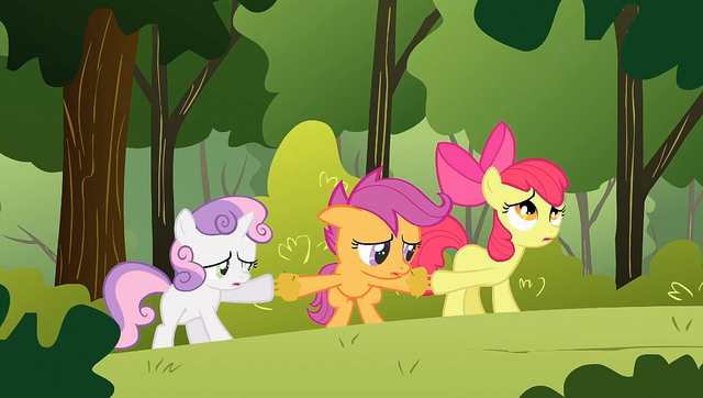 File:The CMC stuck together S1E23.png