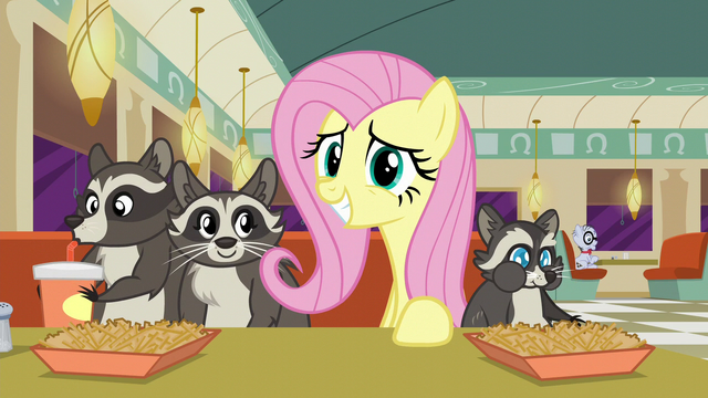 File:Fluttershy grins S6E9.png