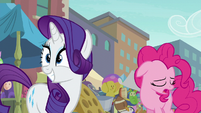 Rarity excited; Pinkie Pie losing hope S6E3