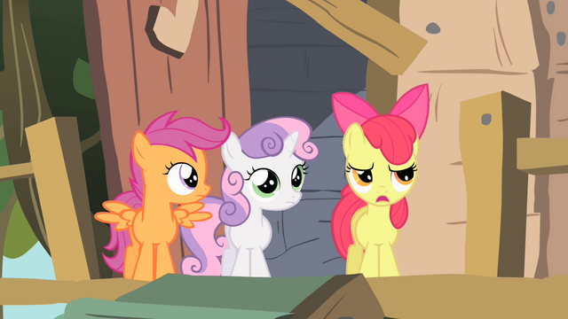 File:The CMC outside their future club house S1E18.png